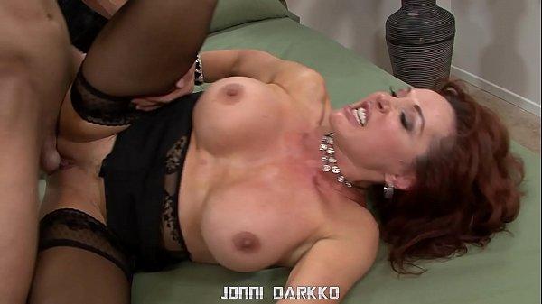 Filme de sexo com coroa peituda gostosa